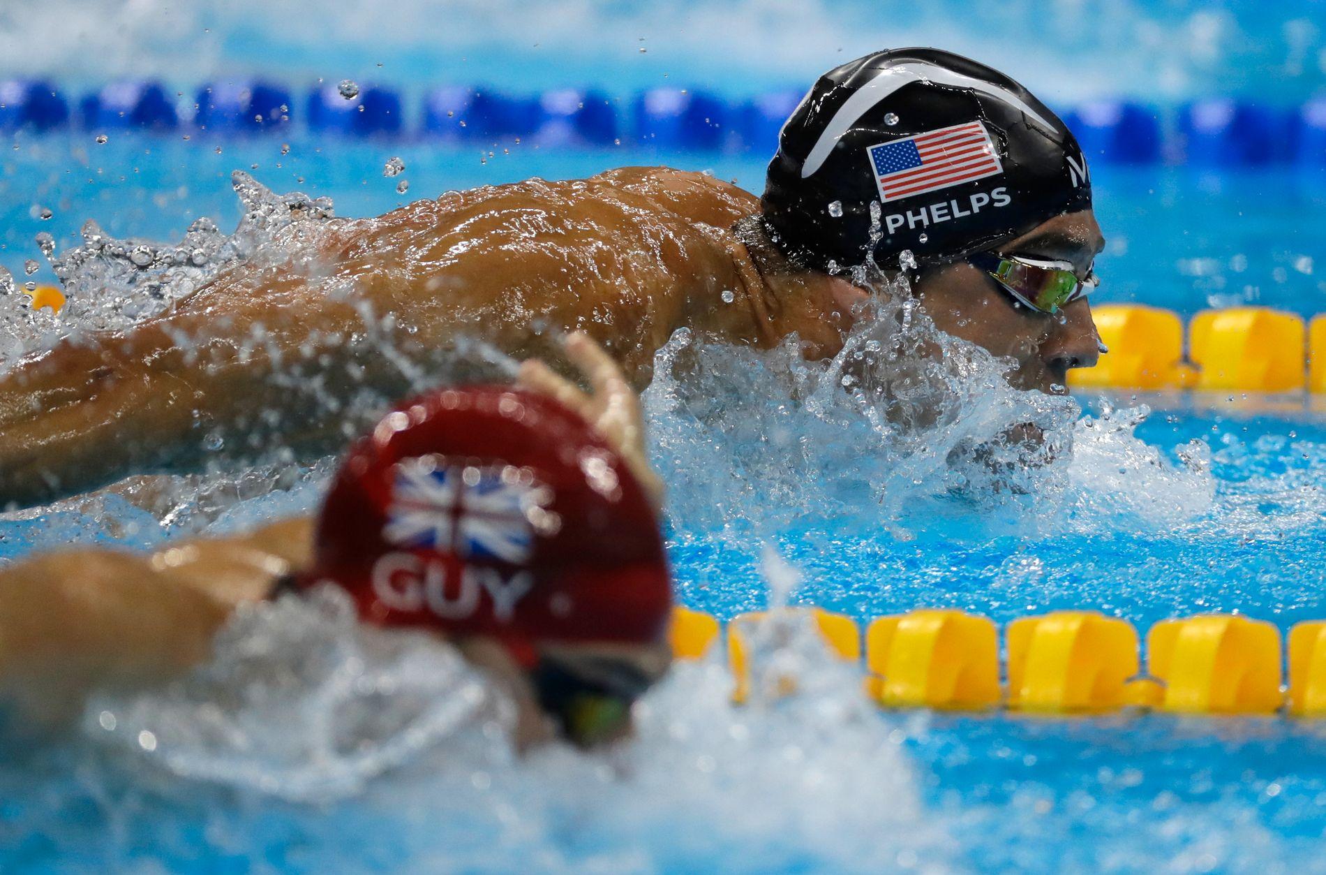 SISTE GANG: Michael Phelps svømte trolig sin siste konkurranse da han hjalp USA til OL-gull på 4x100 meter medley i Rio.
