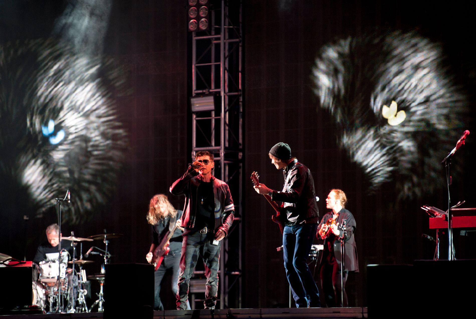 FINALE: A-ha avsluttet verdensturneen «Cast in Steel» på Bergenhus festning i Bergen lørdag kveld.