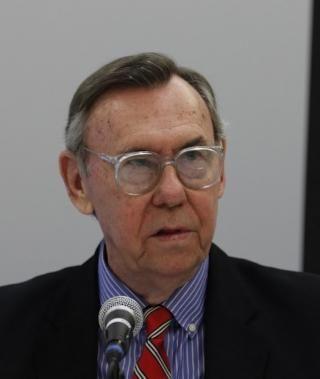 PROFESSOR: Gary Sick er i dag professor ved Columbia University i New York.