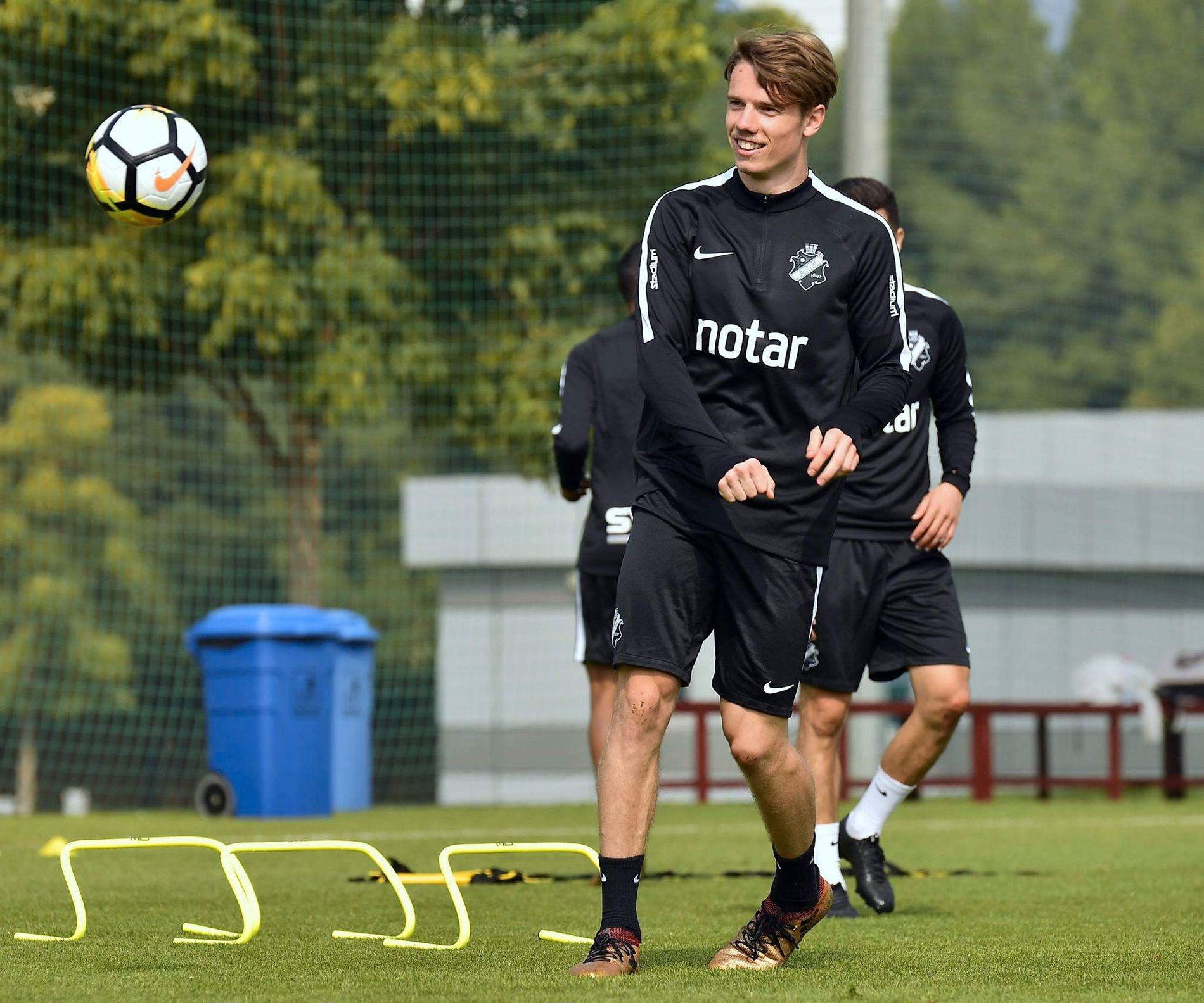 DRAR FRA STOCKHOLM: Robert Taylor går på lån fra AIK til Tromsø.