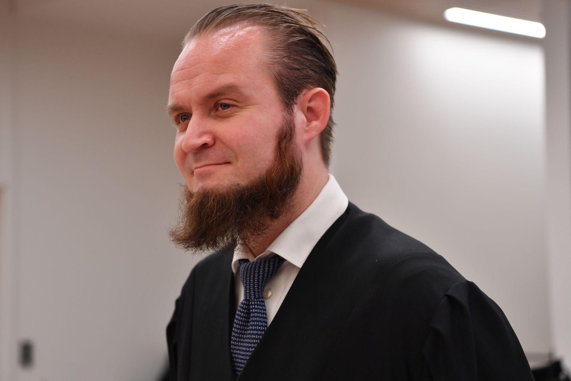 ADVOKAT: Nils Christian Nordhus har tidligere representert flere hjemvendte IS-krigere i rettssaker i Norge.