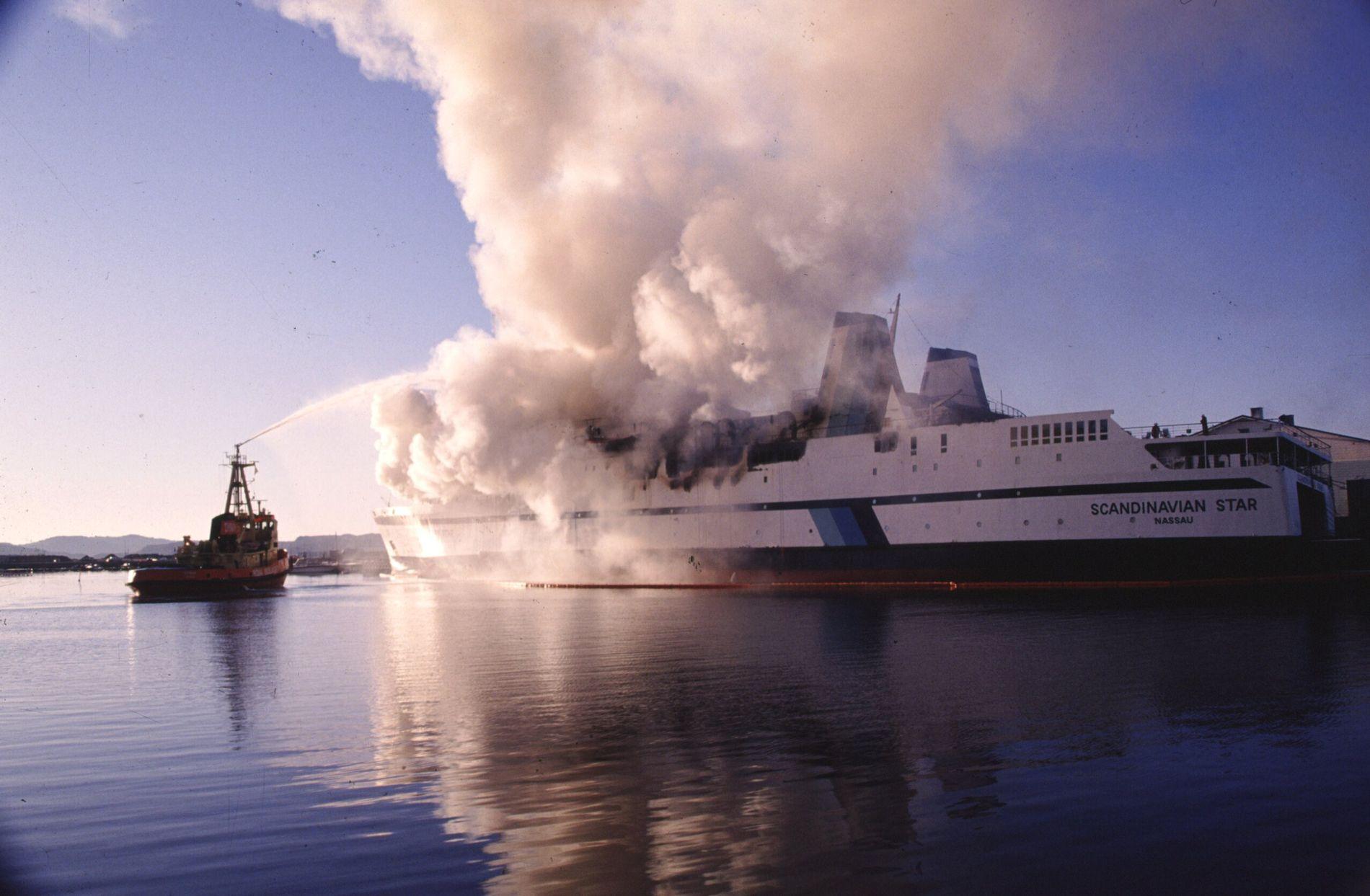 BLIR TV-SERIE: 159 mennesker mistet livet da skipet Scandinavian Star brant natt til 7.april i 1990.