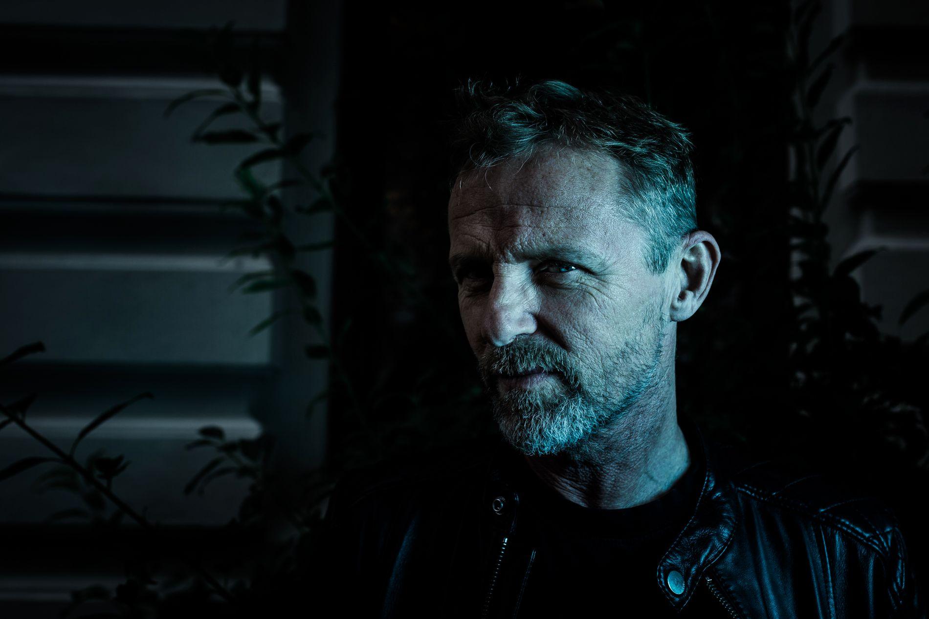 FRITT VILT: Jo Nesbø tror ikke det hadde blitt noen «Snømannen»-bok - om ikke filmskaperne bak den norske skrekkfilmen hadde tatt kontakt.