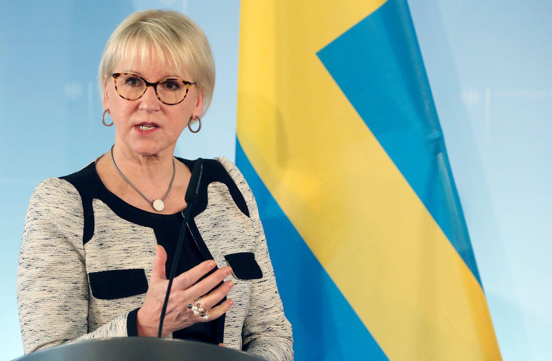 ALVORLIG: Sveriges utenriksminister, Margot Wallström (S), mener det viktigste er å hindre at Sverigedemokraterna kommer til makten.