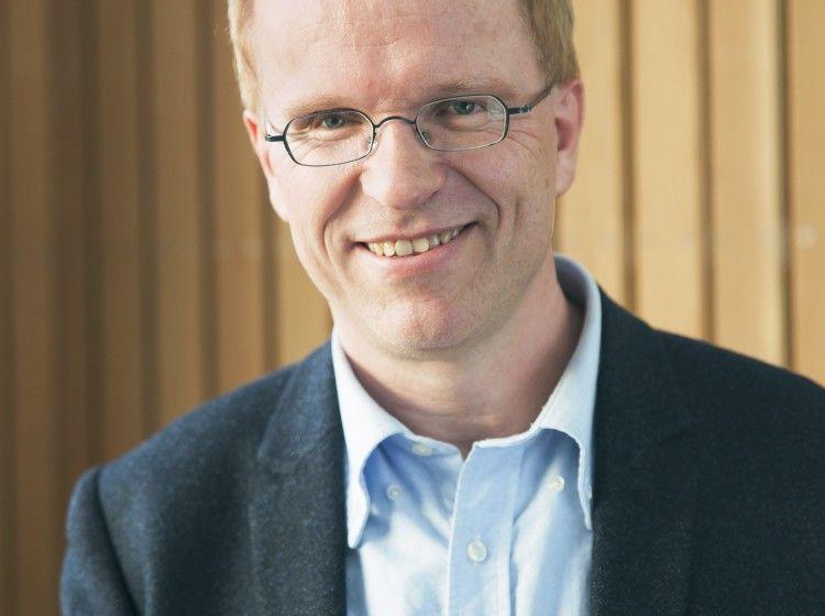 KRITISK: Sjur Skjævesland er leder i Hedmark Venstre.