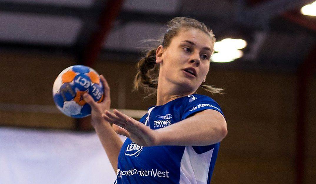STOR FREMGANG: Kjerstin Boge Solås har gjort stor fremgang i Tertnes. På de to første seriekampene denne sesongen har 18-åringen scoret syv mål mens hun satte inn 59 seriemål i debutsesongen.