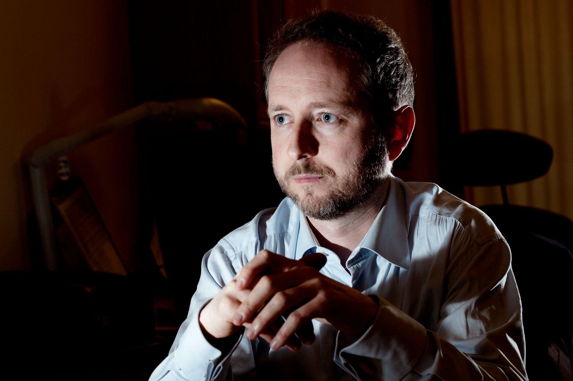 SKEPTISK: Utenrikspolitisk talsmann Bård Vegar Solhjell i SV mener det norske Syria-oppdraget er for uklart og svakt begrunnet til at han vil støtte det.