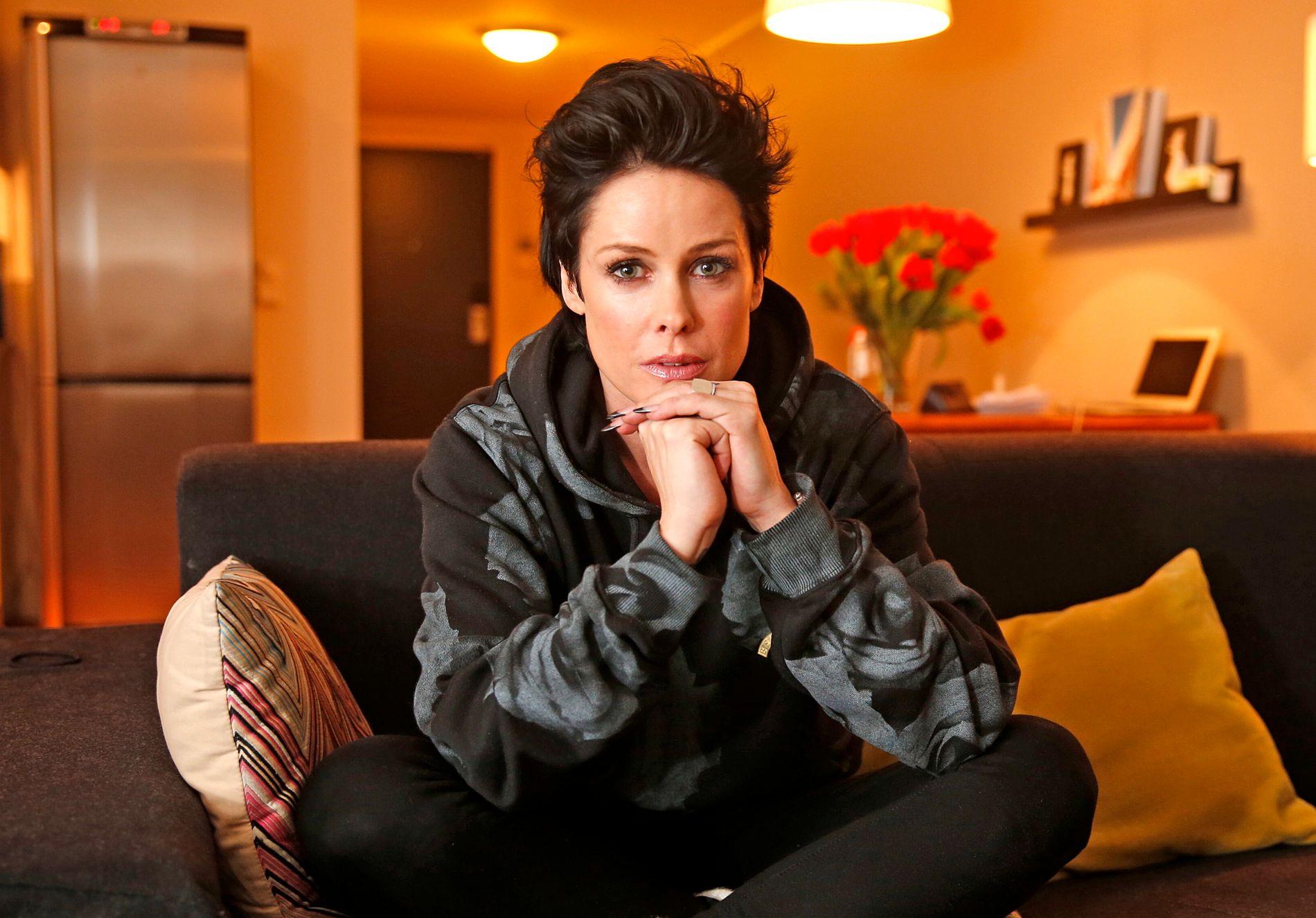 NYSINGEL: Lene Nystrøm (43) brøt med ektemannen Søren Rasted (48) i vår.