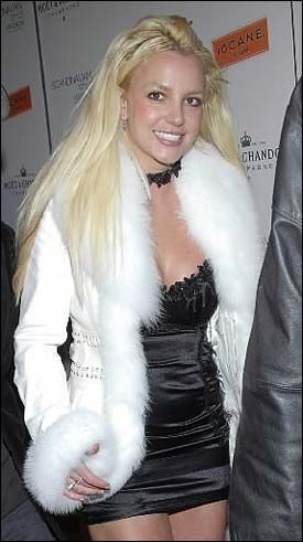 IKKE KLAR: Retten har bestemt at Britneys far har anvar for henne ut året. Foto: AP
