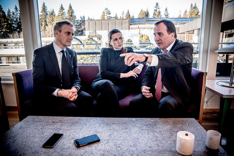 TOPPMØTE: Sosialdemokratenes ledere Jonas Gahr Støre (Norge), Mette Frederiksen (Danmark) og Stefan Löfven (Sverige) og  varsler arbeidslivsreformer for å hindre mer arbeidsløshet i Norden.