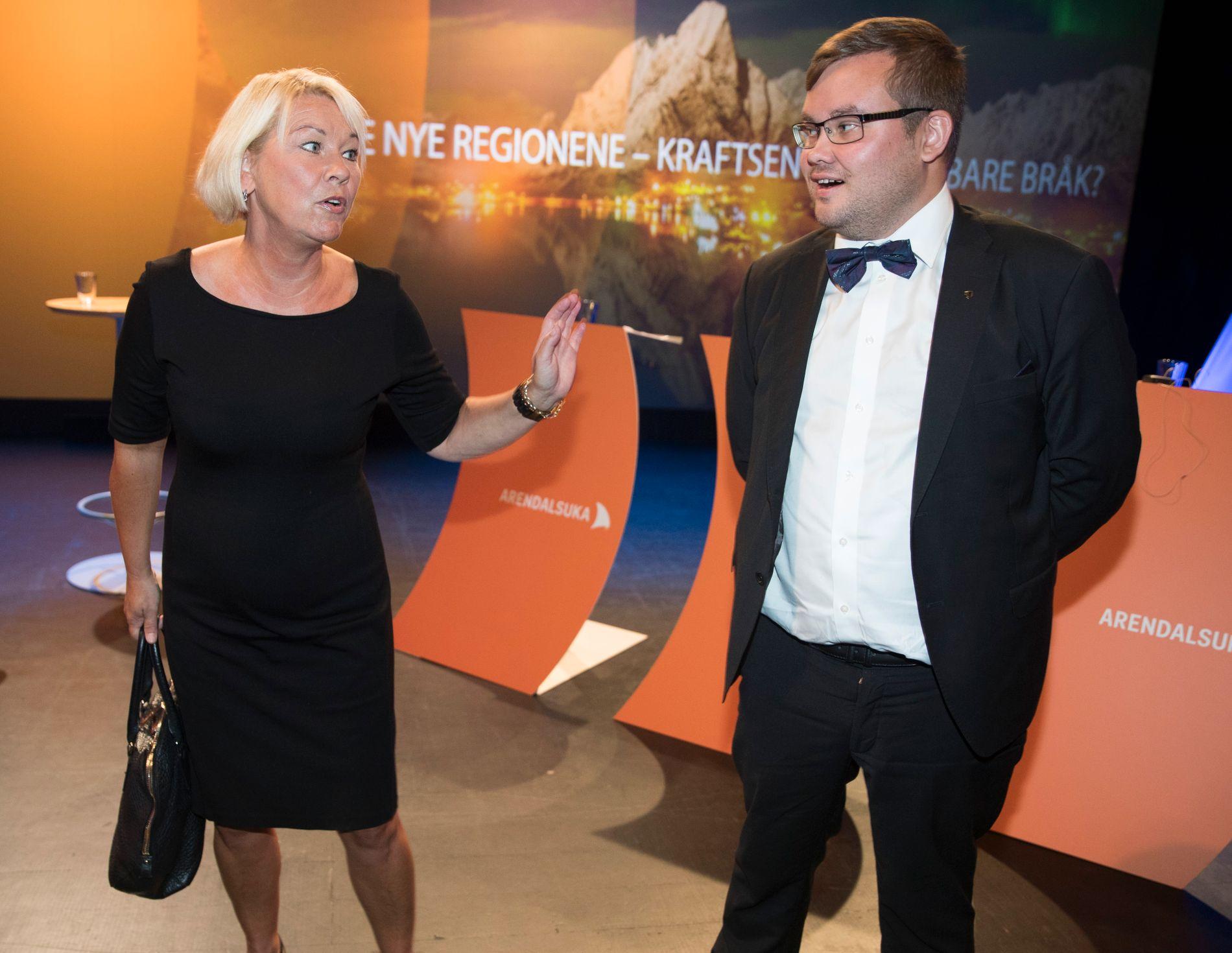 UENIGHET: Kommunal- og moderniseringsminister Monica Mæland (H) og fylkesvaraordfører Tarjei Jensen Bech i Finnmark er fortsatt rykende uenige om sammenslåingen av Troms og Finnmark.