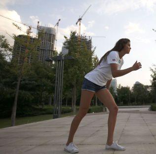 RIO-OL ER MÅLET: Amalie Iuel (21) – med norsk far og dansk mor – ble formelt norsk for et par måneder siden. Nå er hun klar for friidretts-VM i Beijing. Rio-OL neste år er hennes store mål.