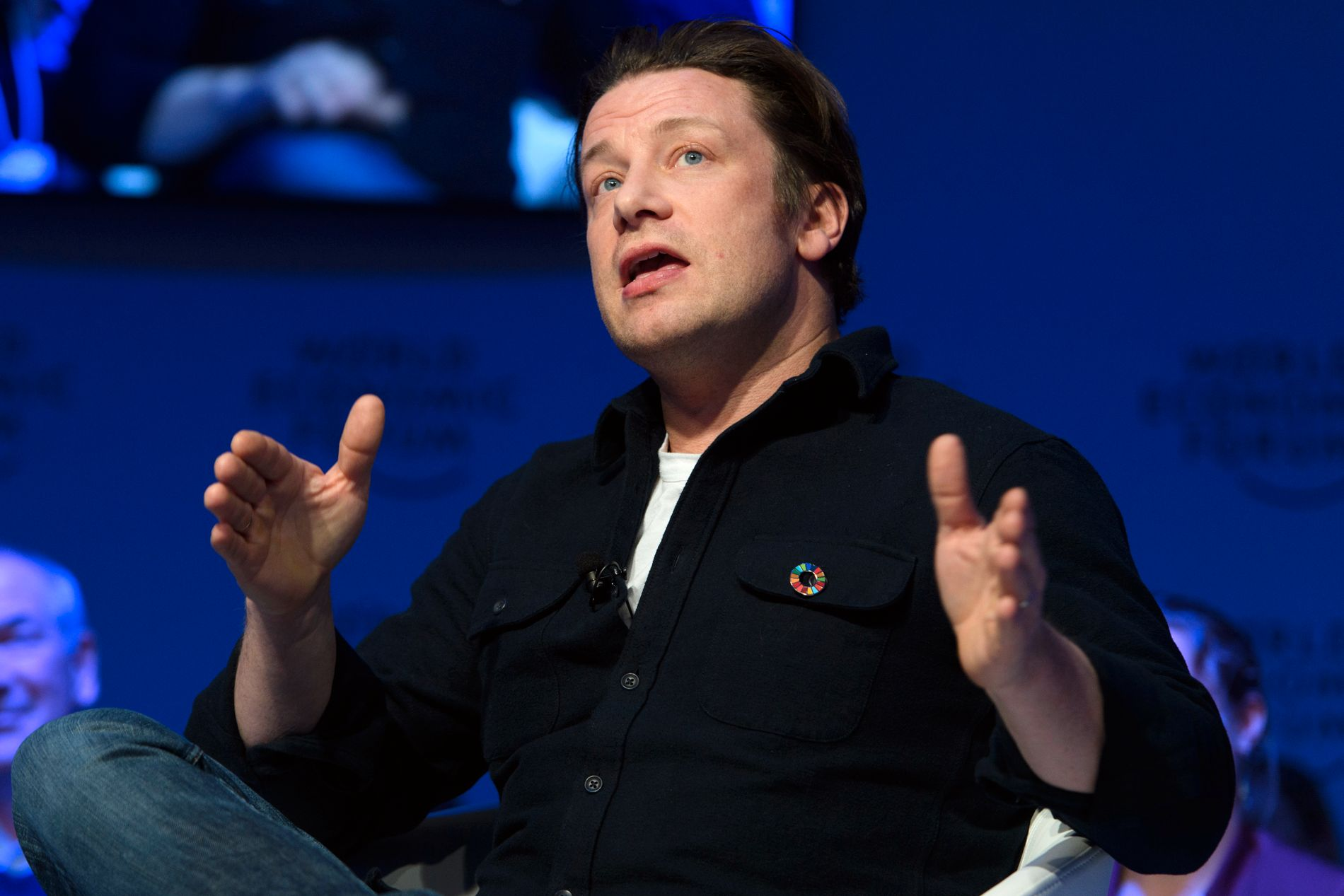 RASENDE: Flere islendinger har reagert sterkt etter at Jamie Oliver uttalte seg positivt om oppdrettslaks. Her avbildet ved en tidligere anledning.