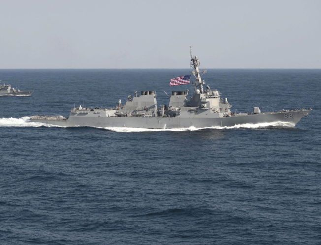 PÅ TOKT: Her er USS Lassen under en øvelse ved Korea-halvøya tidligere i år.