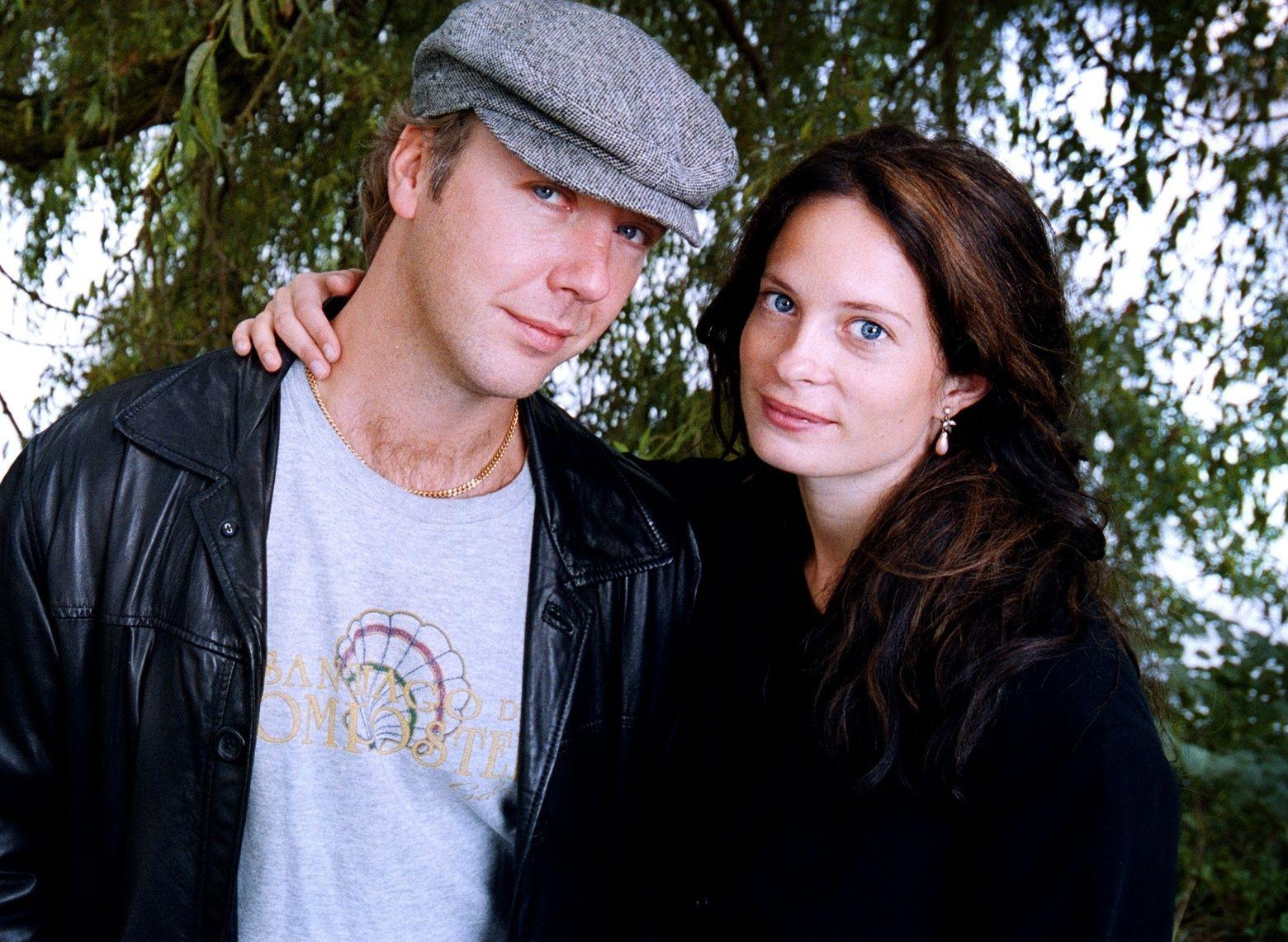 EKSPAR: Mikael Persbrandt og Maria Bonnevie i 2001.