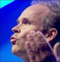 - LITE NYTT: Høyres 1. nestleder, Jan Tore Sanner, mener Frp-formann Siv Jensen kom med lite nytt i sin landsmøtetale. Foto: Scanpix