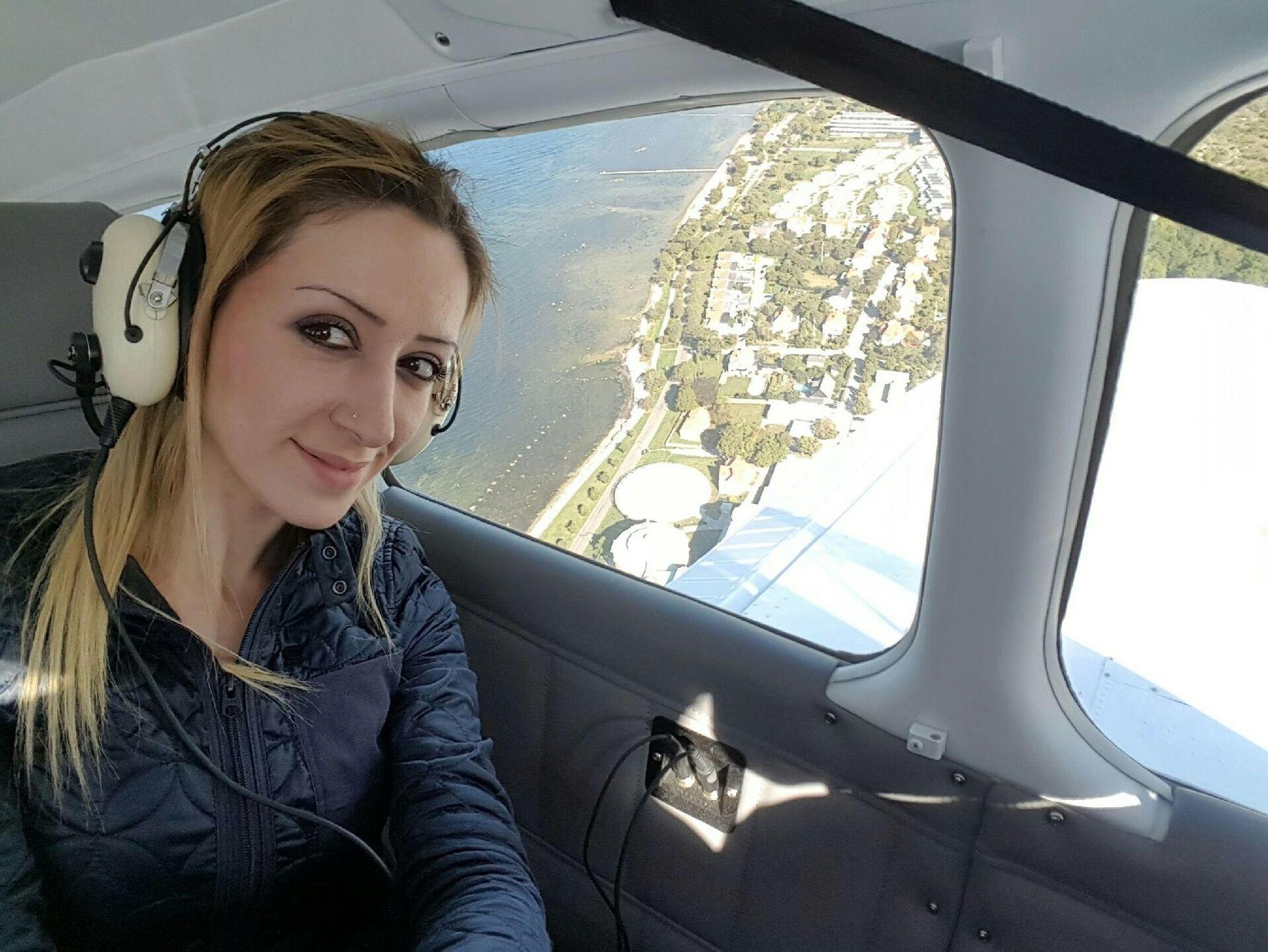 AVLYSER FERIE: Lina Assad ser på Sverige som sitt hjemland, etter å ha bodd der i 25 år. I USA er det hennes irakiske opprinnelse som vektlegges. FOTO: PRIVAT