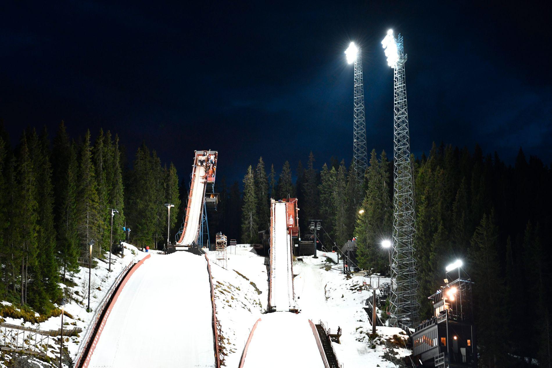 HOPPER I DET IGJEN: Trondheim vil gjerne ha Ski-VM i Granåsen. Nå ber kommunen Norges skiforbund søke mesterskapet 2025 på vegne av Trondheim.