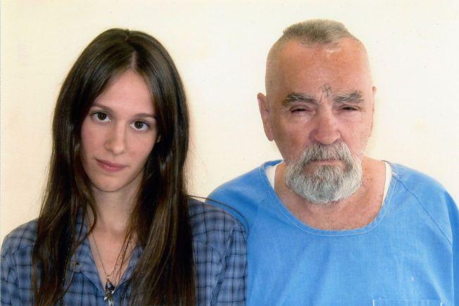 BESØKSVENN: Afton Elaine Burton, eller Star som hun kaller seg, besøker Manson i fengselet hver lørdag og søndag. Bildet er tatt i 2011.