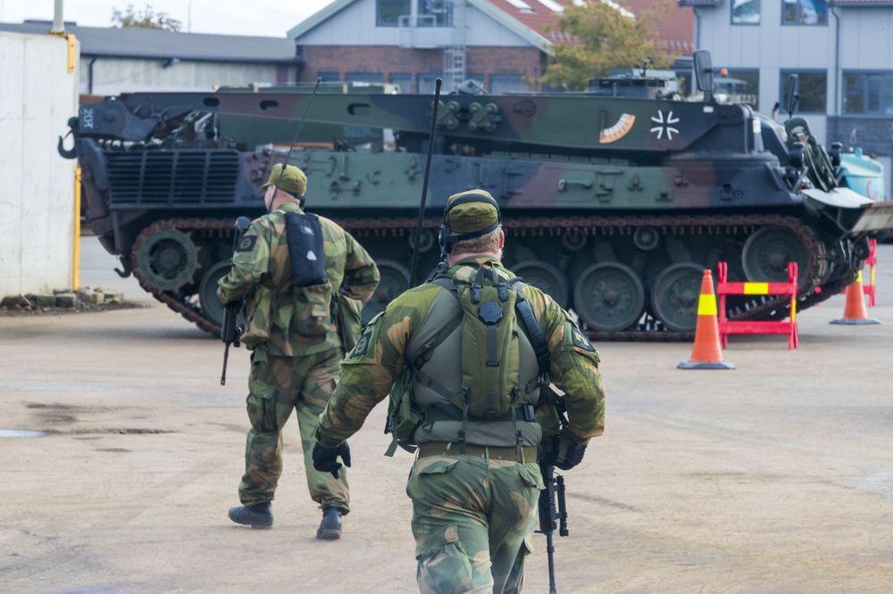 RULLER I LAND: Tyske kampvogner rullet i land i Fredrikstad 7. september, på vei til NATO-øvelsen Trident Juncture.