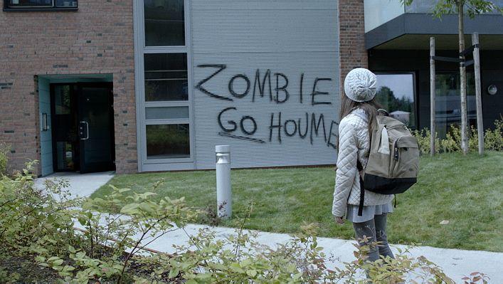 PASSE INN: «ZombieLars» handler om å være annerledes og å forsøke å passe inn i et nytt miljø.