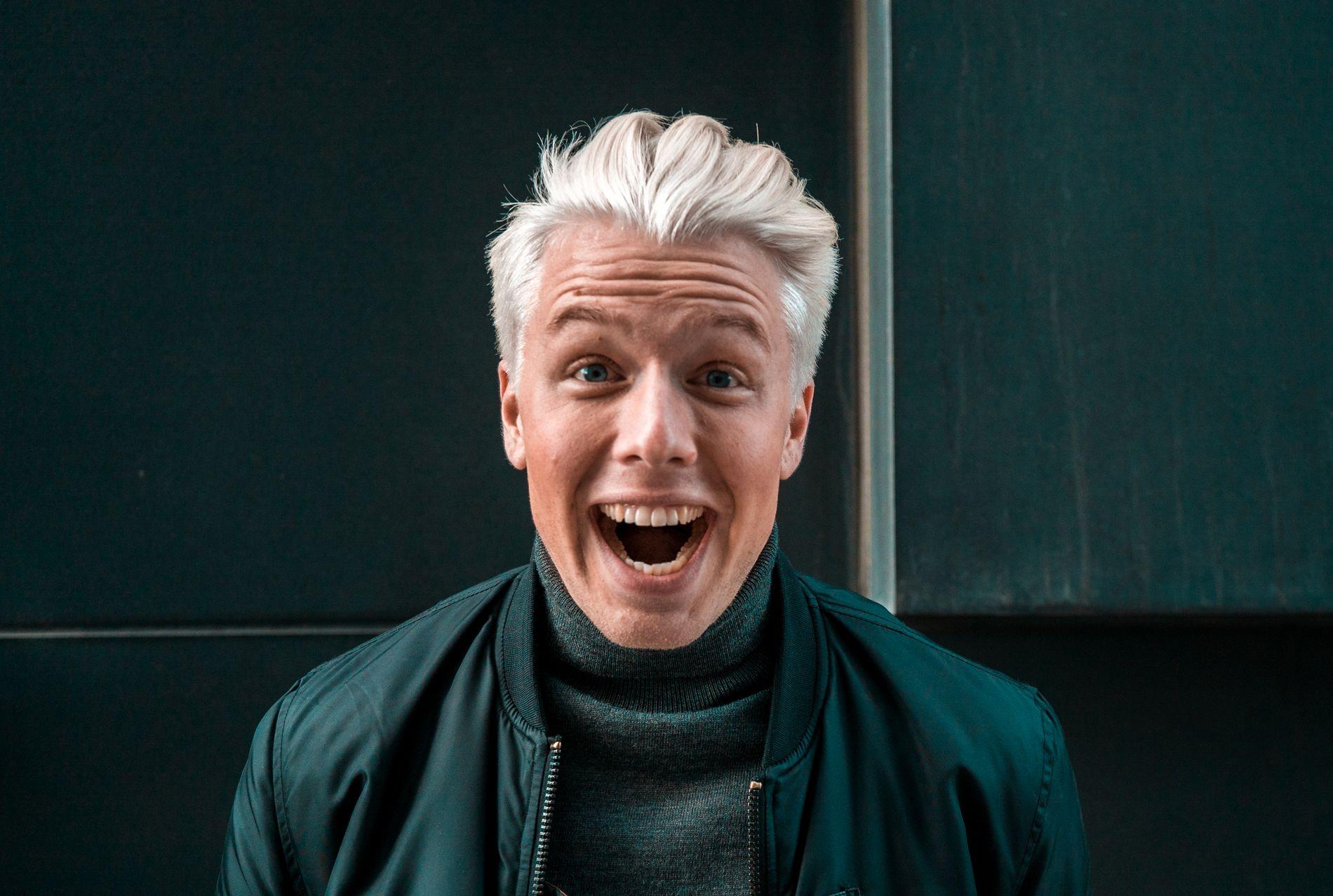 MANNEN MED TUSEN (ELLER I HVERT FALL 113) STEMMER: Herman Flesvig får snakket ut i «Rutete ninja».