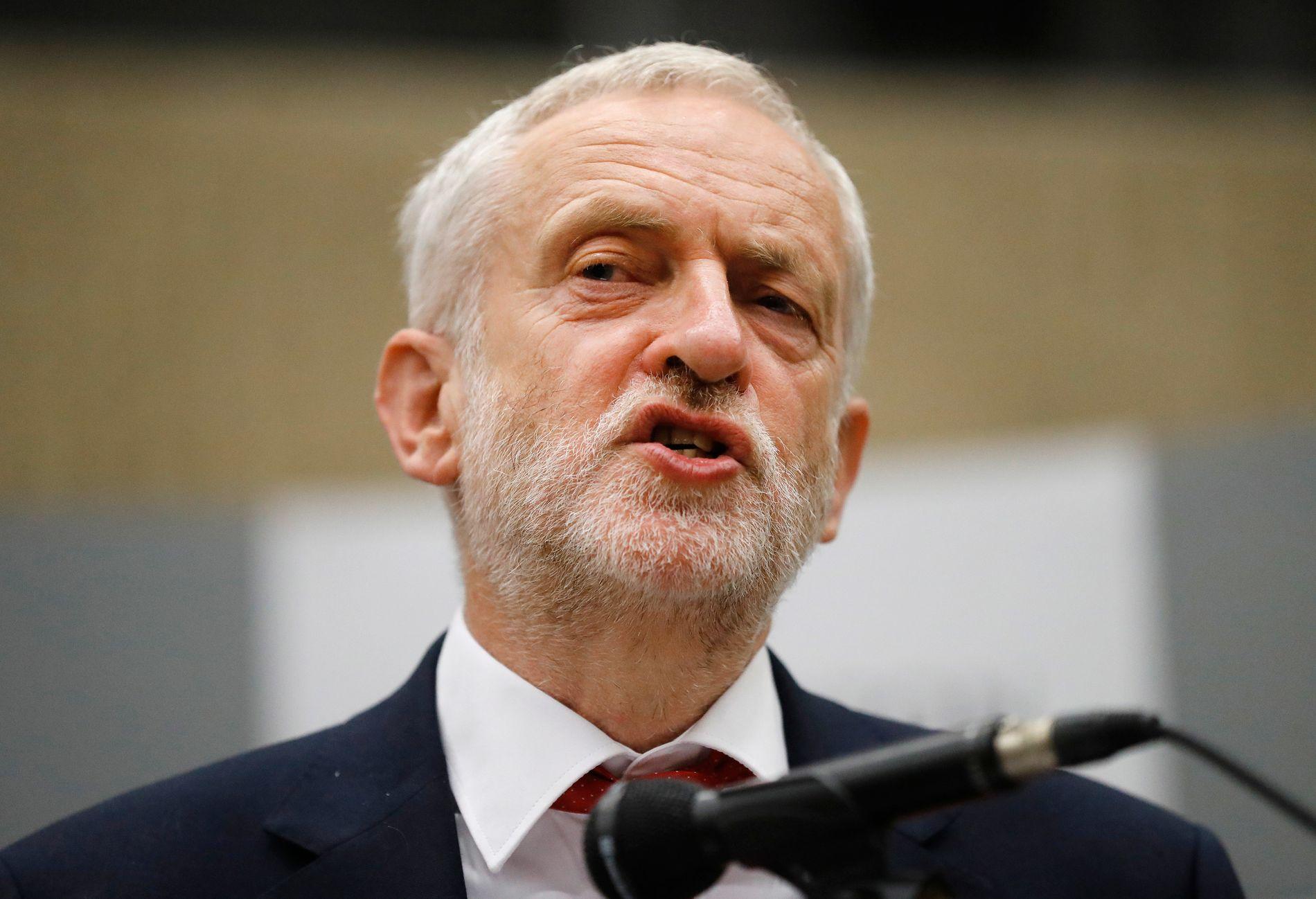 Den britiske Labour-lederen har støttet sosialistiske despoter, skriver Bård Larsen.