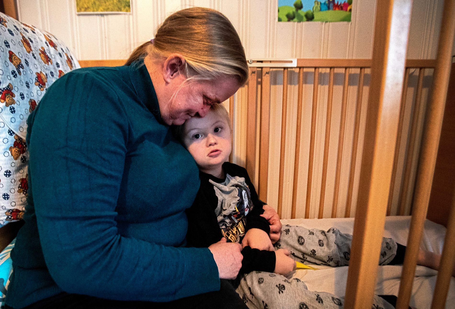 REDD: Slik ordningen rundt Edvan er i dag, tør ikke Nina Bakkefjord og mannen dra lengre enn fem minutter unna hjemmet.