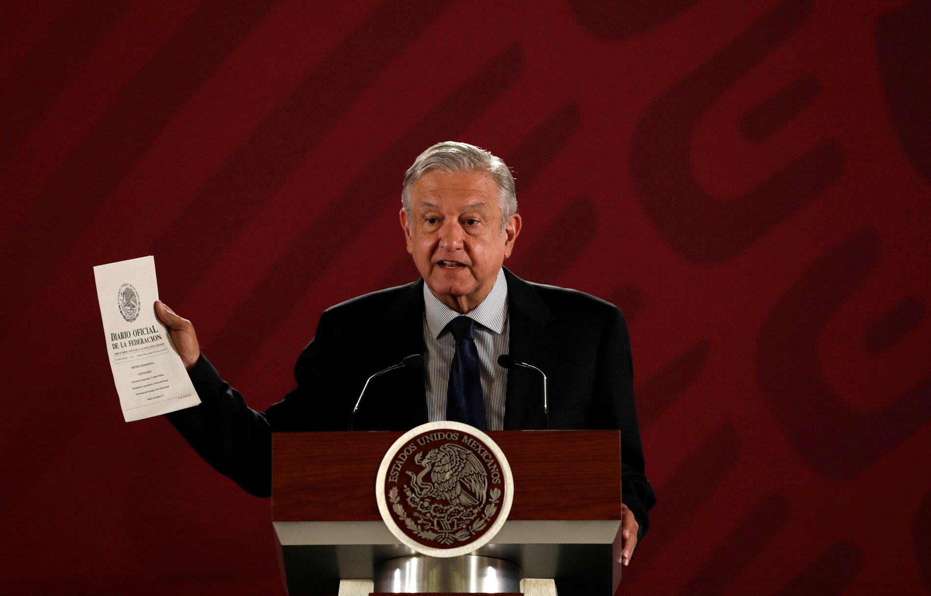 LOVER ENDRING: President Andrés Manuel López Obrador under en pressekonferanse i Mexico City tirsdag.