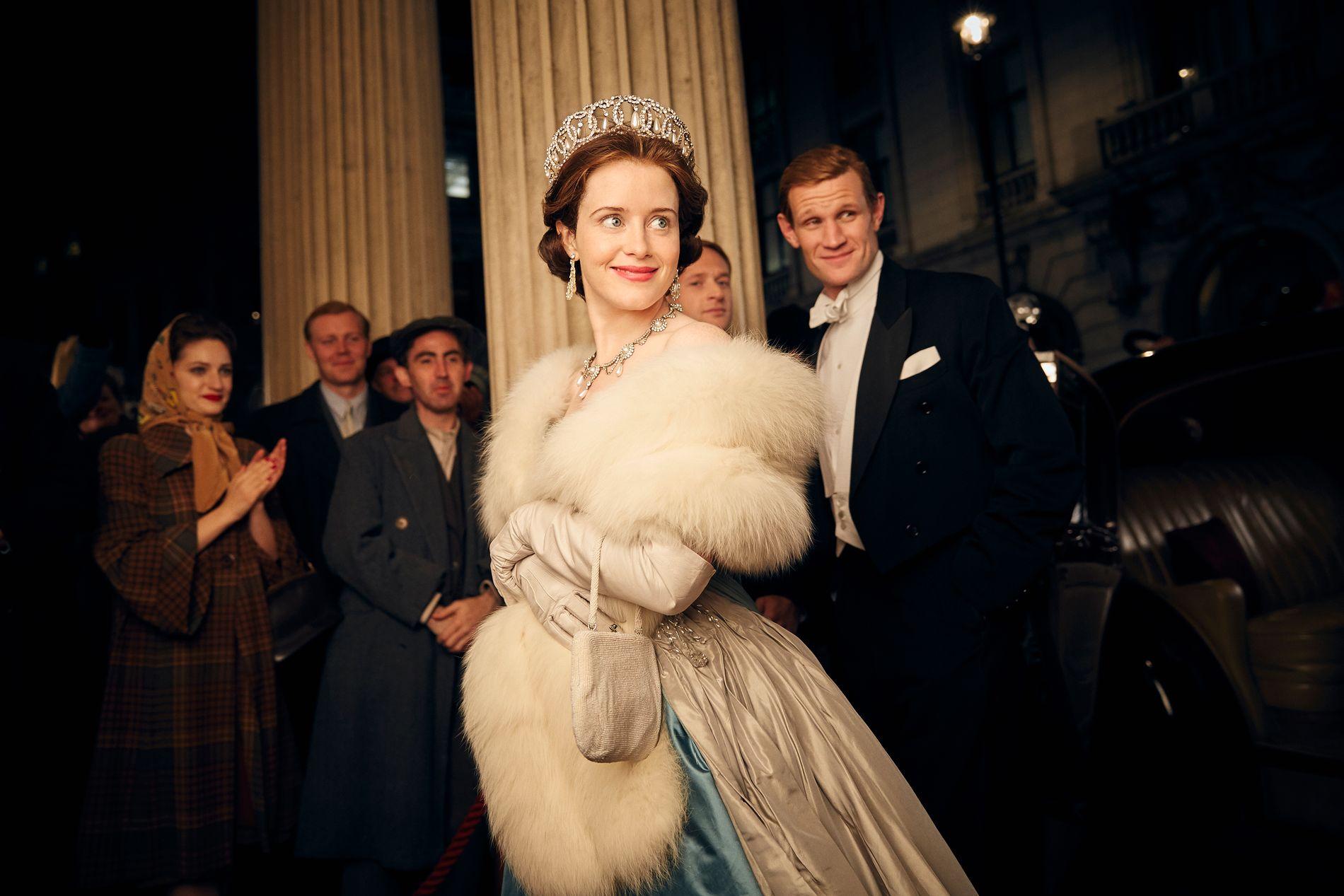 KONGELIG PAR: Skuespiller Claire Foy som dronning Elizabeth II og Matt Smith som hertug Philip av Edinburgh.