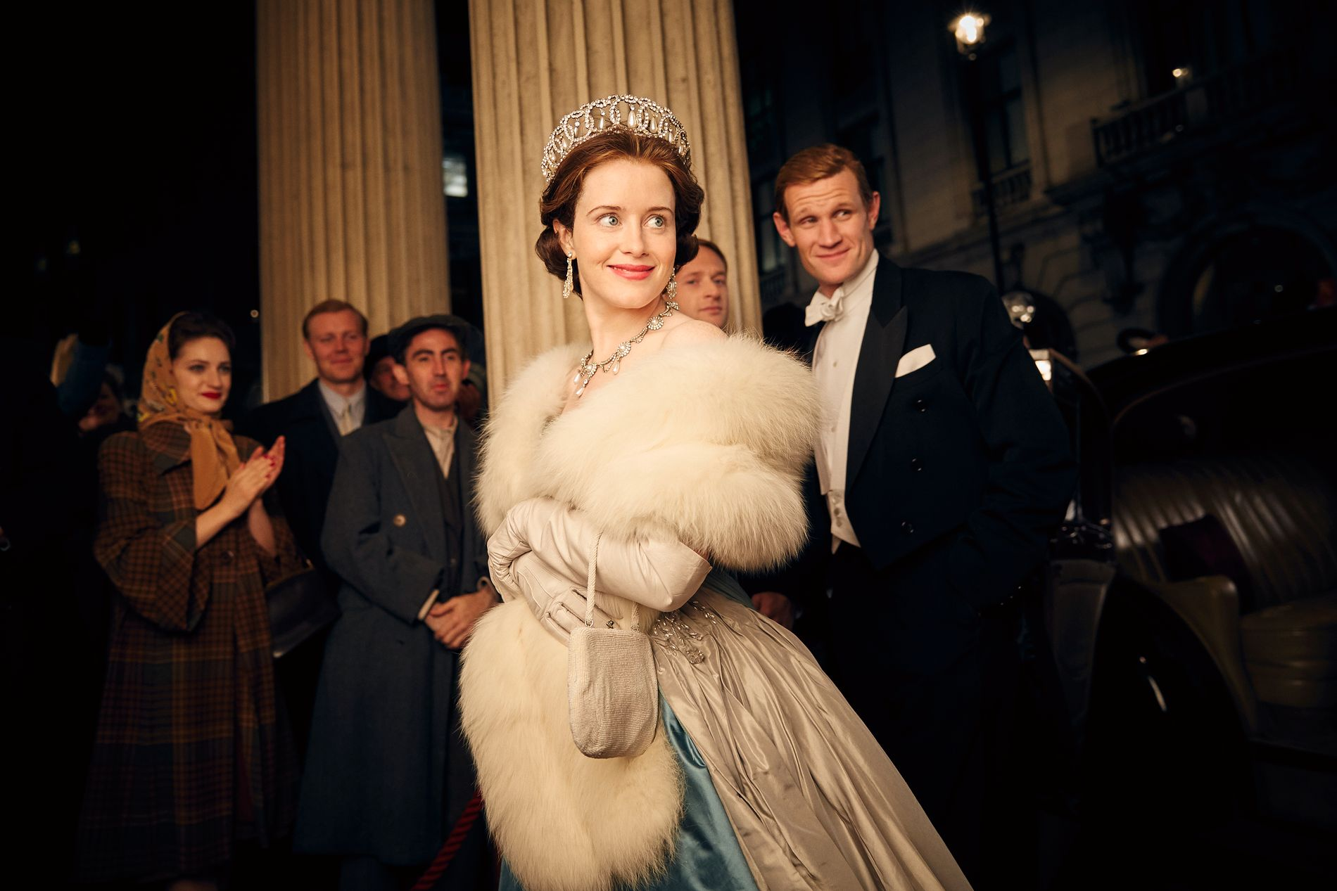 ROYAL SERIE: Claire Foy som dronning Elizabeth og og Matt Smith som hennes mann Phillip.