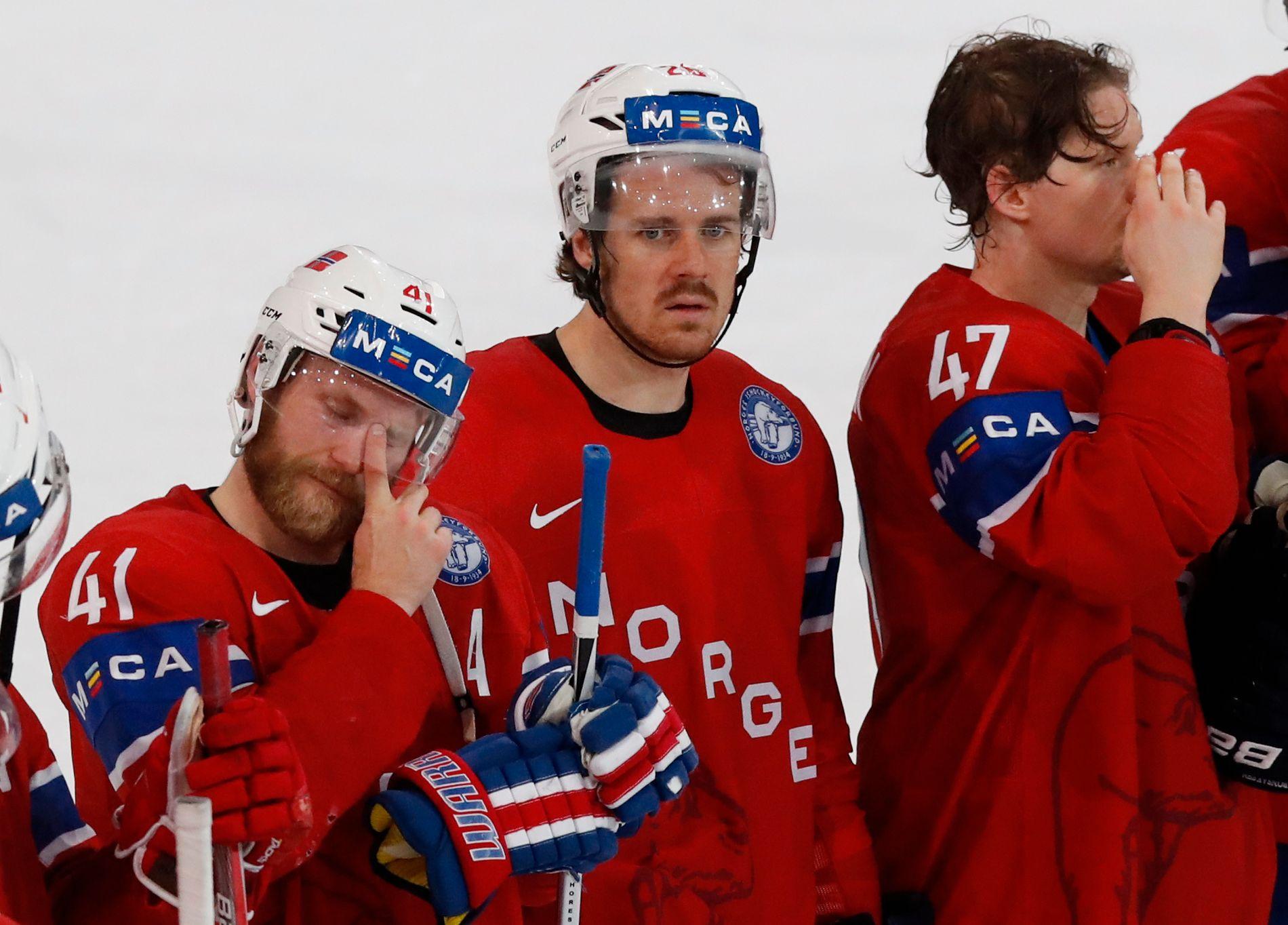 KLAR FOR OL: Landslagsveteran Kristian Forsberg (i midten) er en av fire spillere i hockeysjef Petter Thoresens OL-tropp. Patrick Thoresen (t.v.) og Alexander Bonsaksen skal også delta i Pyeongchang, der Norge åpner mot Sverige 15. februar.