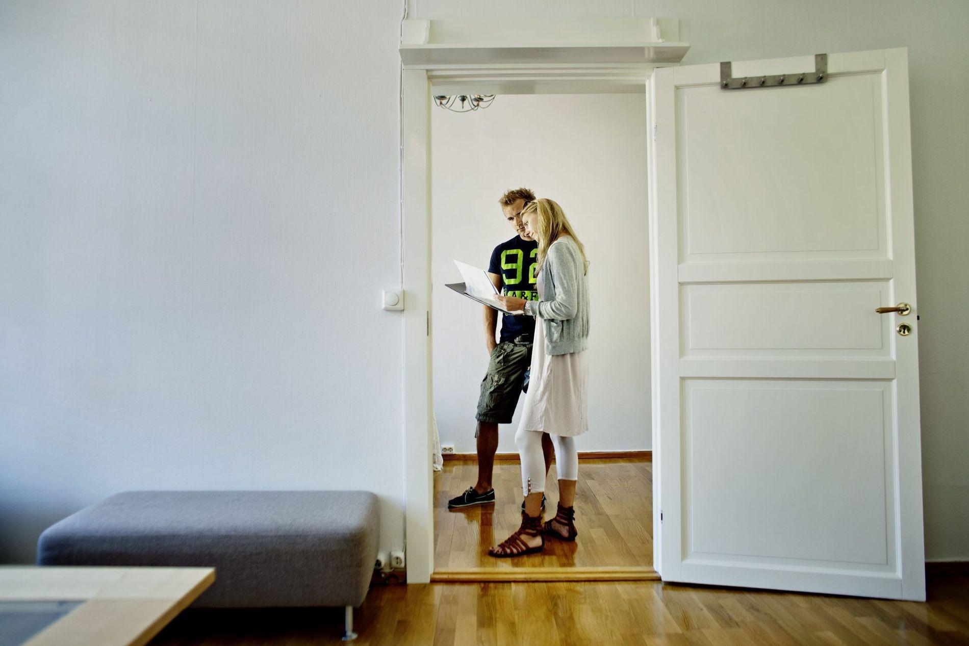 MISFORNØYD I ETTERKANT: Ofte flere år etter boligen er kjøpt kan man få seg en ubehagelig overraskelse, hvis ikke man tar seg god nok tid til å undersøke boligens stand i forkant av kjøpet.