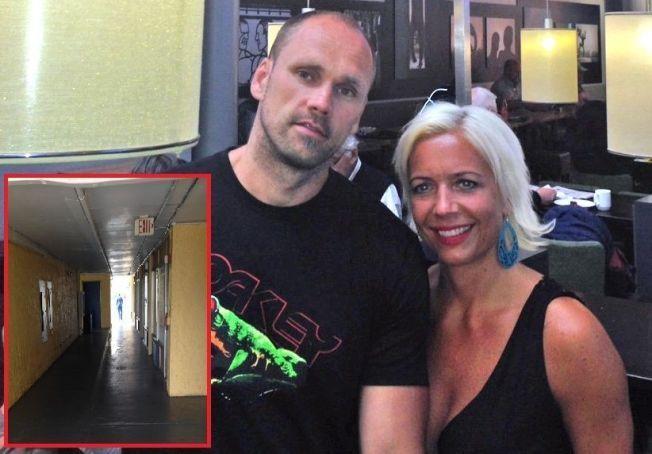 SKREMT: Cathrine Skogland, ektemannen Stig Roland og barna følte seg utrygge på hotellet de ble sjekket inn på av Norwegian i Orlando.