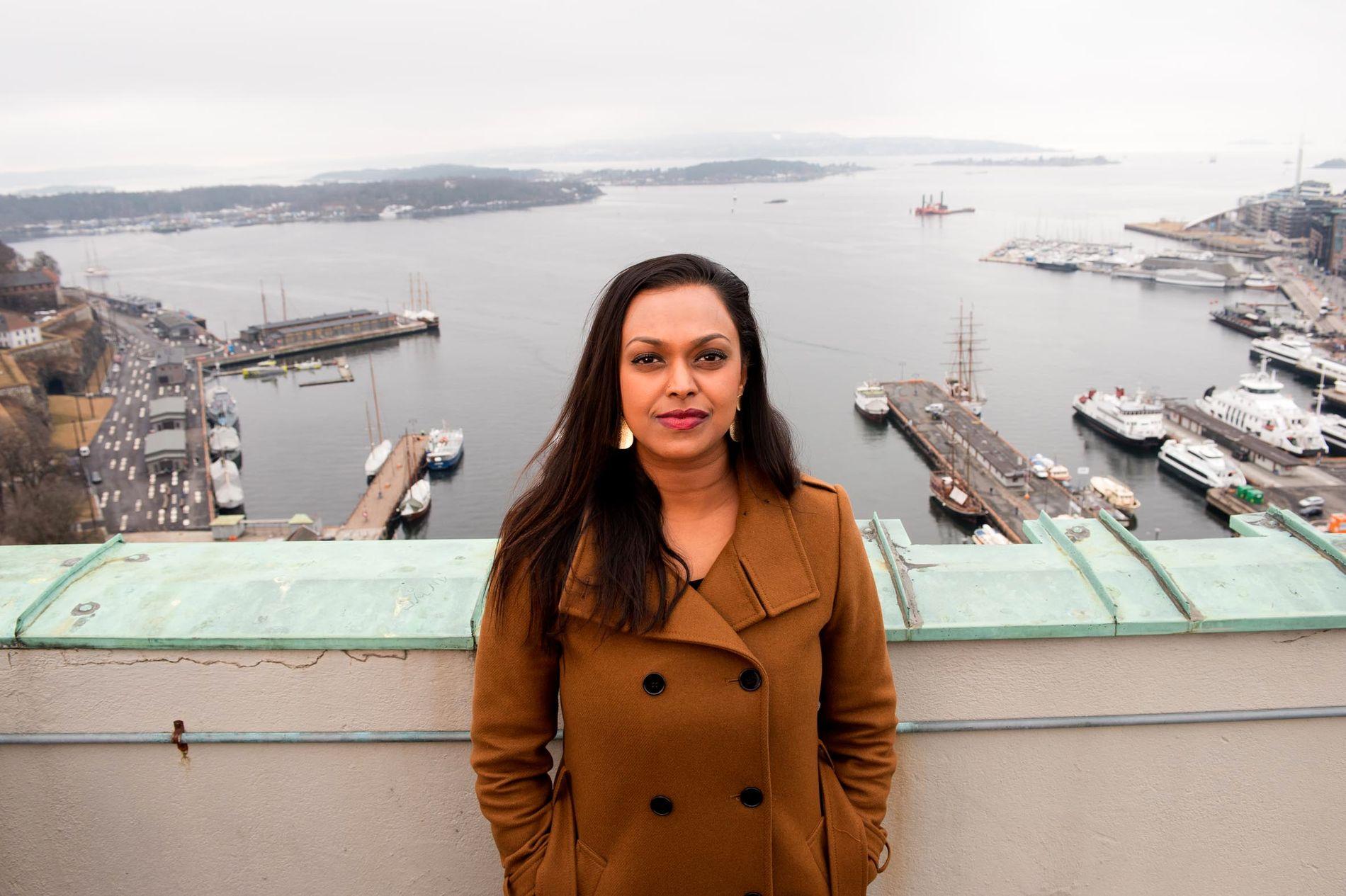 INVITERER: Varaordfører Khamshajiny Gunaratnam i Oslo vil se film sammen med Sylvi Listhaug.