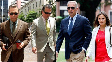 KRANGLER: Stephen Baldwin (t.v) og Kevin Costner på vei til retten med sine advokater i New Orleans mandag. Foto: REUTERS.