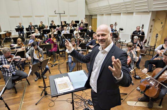 DIRIGERER TROPPENE: NRK-sjef Thor Gjermund Eriksen har invitert med Kringkastingsorkesteret inn i MGP-varmen igjen.