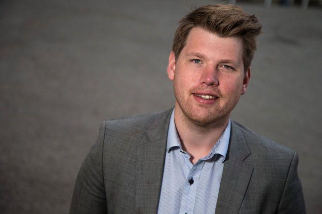 REFSER EGEN REGJERING: Atle Simonsen er formann i Fremskrittspartiets Ungdom (FpU).