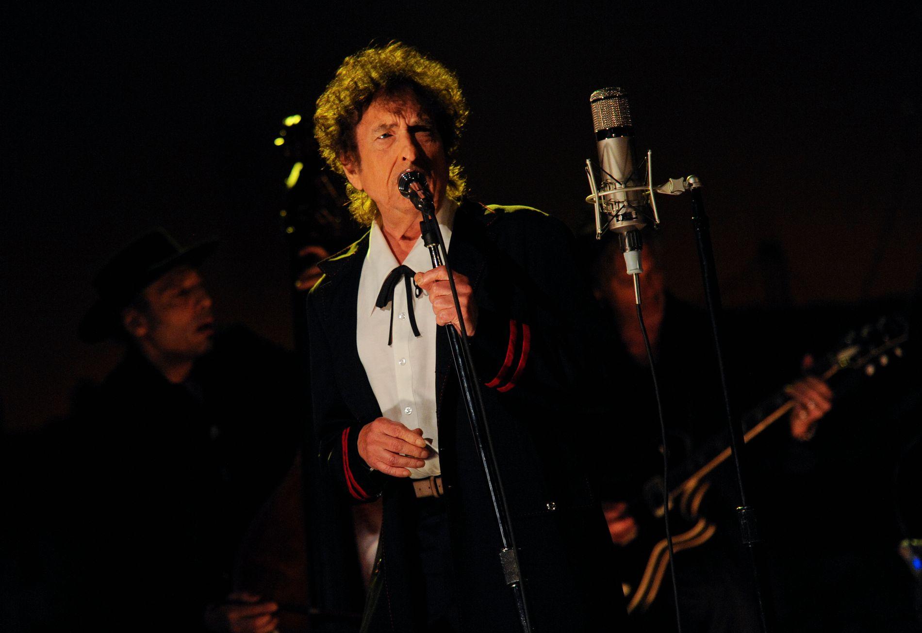 LEGENDE: Bob Dylan (78) underholdt bergenserne fredag kveld. Konserten hadde fotoforbud, og dette bildet er hentet fra han opptrådte på «The Late Show with David Letterman» i 2015.