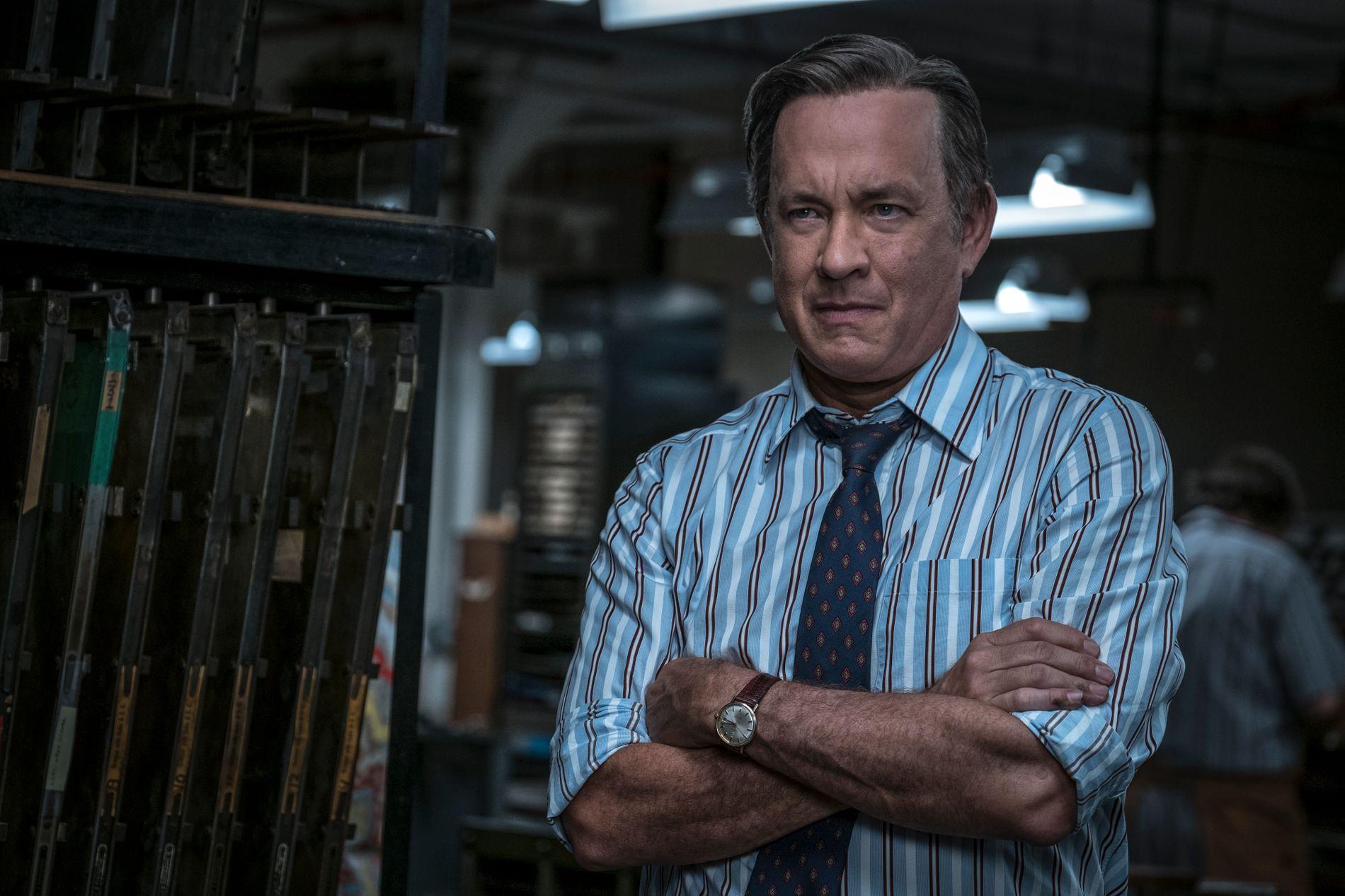 «TRYKK DET!»: Tom Hanks som Ben Bradlee i «The Post».