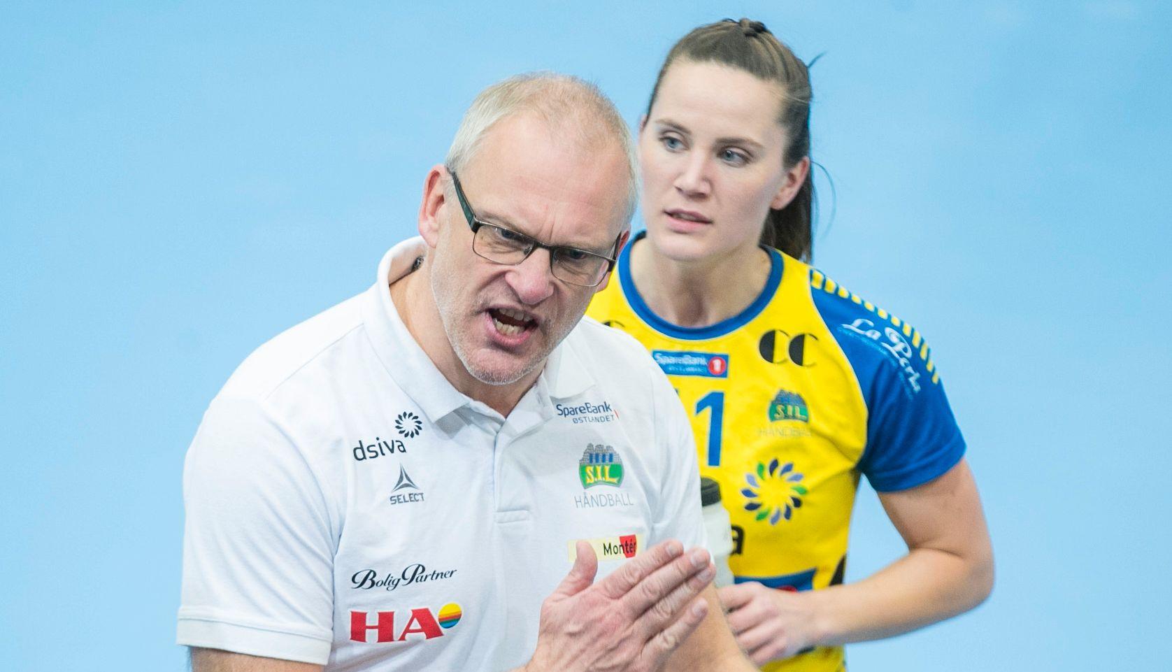 TIL POLEN: Alt tyder på at Arne Senstad blir polsk landslagssjef. Her som Storhamar-trener med landslagsaktuelle Tonje Enkerud bak.