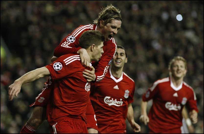 STORE: Steven Gerrard og Fernando Torres leverte begge hver sin kjempekamp da Liverpool kjørte over Real Madrid. Foto: AP