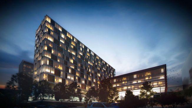 SKISSE: Arkitekt Johannes Eggen i Nordic Arkiteker har tegnet et nytt Radiumhospital på oppdrag fra initiativtagerne Arthur Buchardt og Øyvind Eriksen.