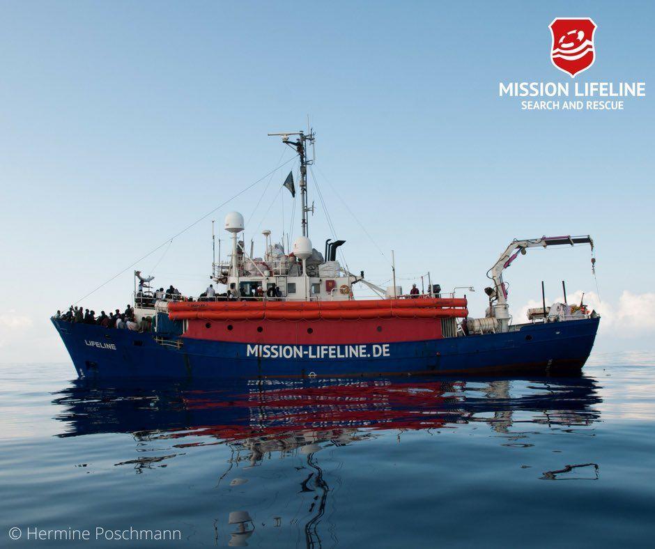 AKUTT: Hverken Italia eller Malta vil ta imot skipet Lifeline, som rommer 234 migranter.