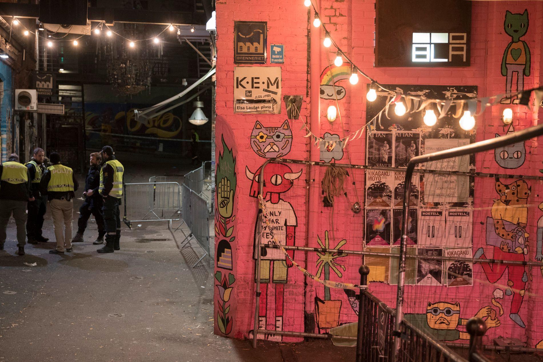 TO KNIVSTUKKET: Natt til søndag rykket politiet ut til det populære utestedet Blå i Oslo etter melding om slagsmål. To personer ble sendt til sykehus med stikkskader.