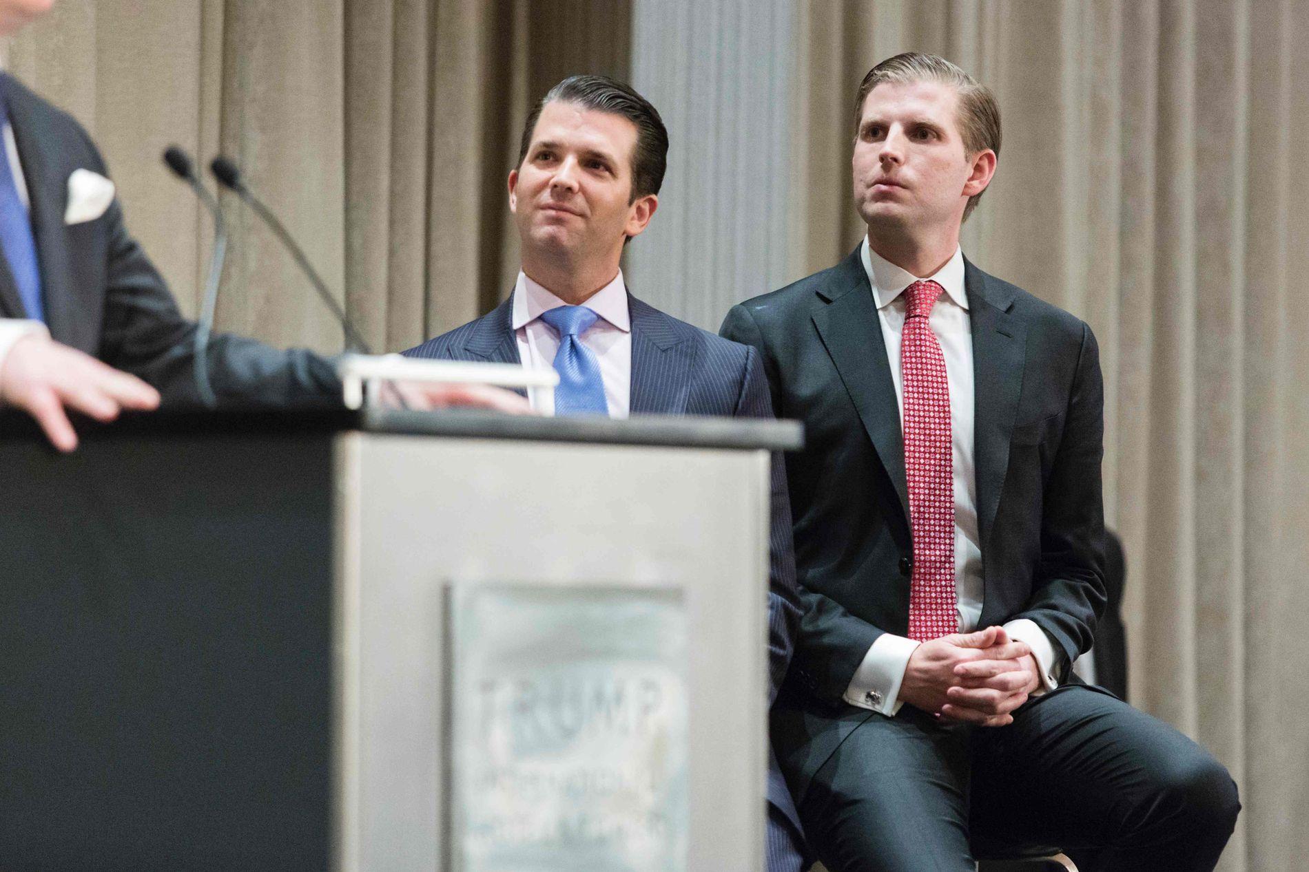 SØNNENE : Donald Trump Jr. (til venstre) og Eric Trump tok over styringen av Trumps forretningsimperium i januar. Her er de på åpningen av The Trump International Hotel and Tower i Vancouver i Canada i februar.