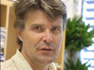 ETTERLYSER UNNSKYLDNING: Olav Røise er professor i pasientsikkerhet ved Universitetet i Stavanger og overlege ved Oslo Universitetssykehus.