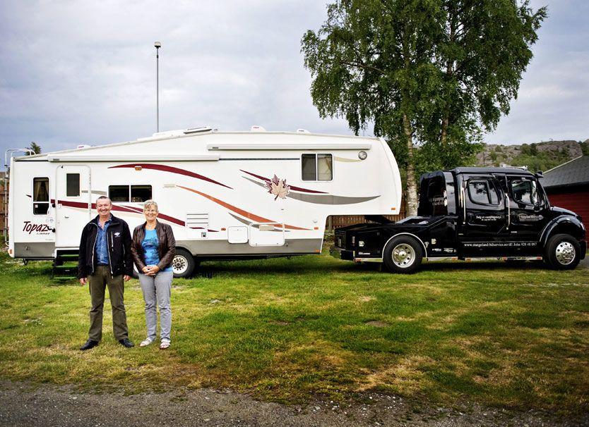 0996e083 FRIHET PÅ HJUL: John og Aud Stangelands feriemonster veier seks tonn, er  høyt som en trailer og spekket med høyteknologiske løsninger. Nå går salget  av ...