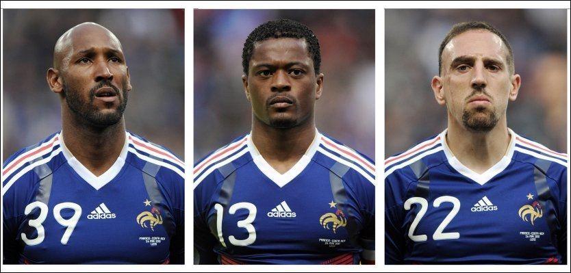 - IDIOTER: Det kaller UEFA-president Michel Platini disse tre franske spillerne, Nicolas Anelka, Patrice Evra og Franck Ribery, og resten av det franske VM-mannskapet. Foto: Afp