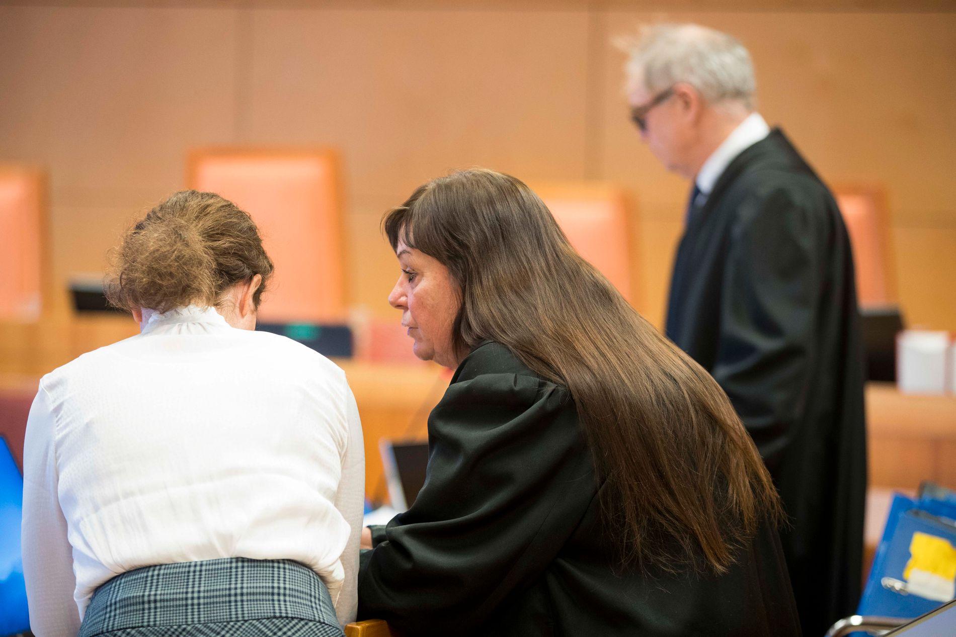 FRI FORKLARING: Den tiltalte kvinnen forholdt seg rolig da hun forklarte seg i lagmannsretten tirsdag.